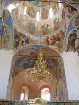 Лодейное поле. Тройцкий храм в монастыре Александра Свирского
